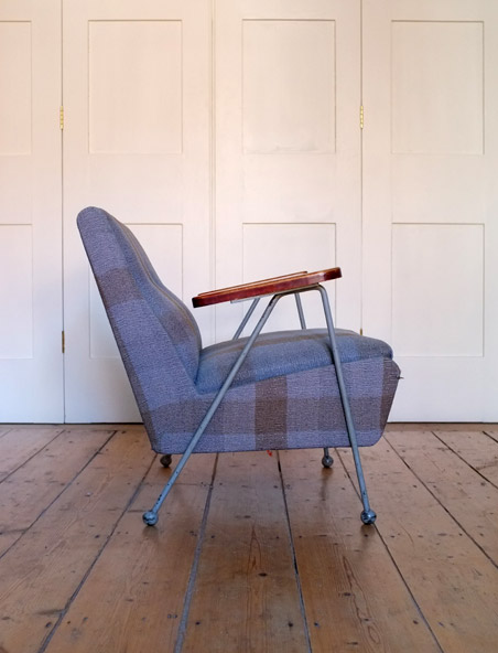 Ernest Race Woodpecker chair with arms