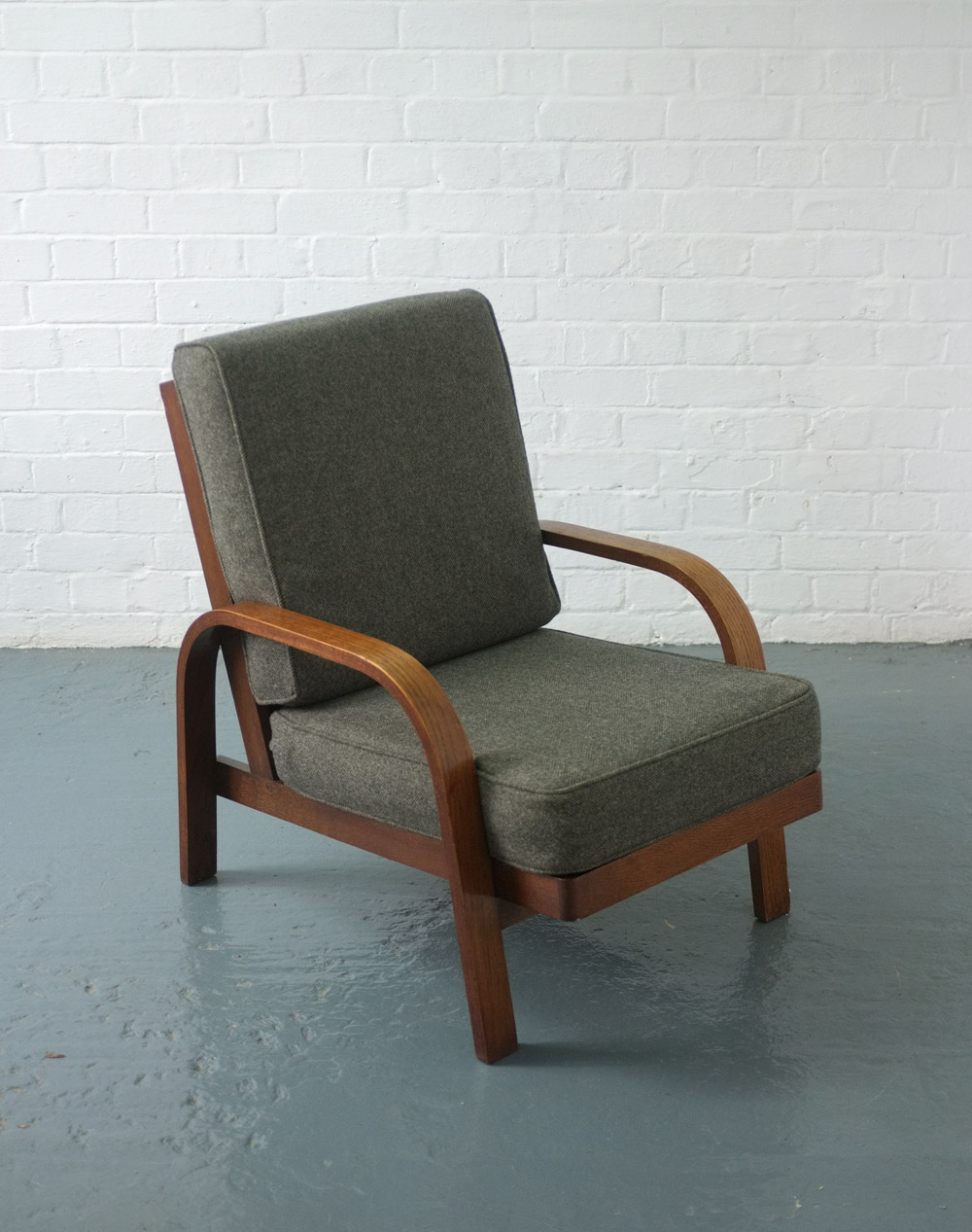 Lamda chair by Robert Hening and Hein Heckroth