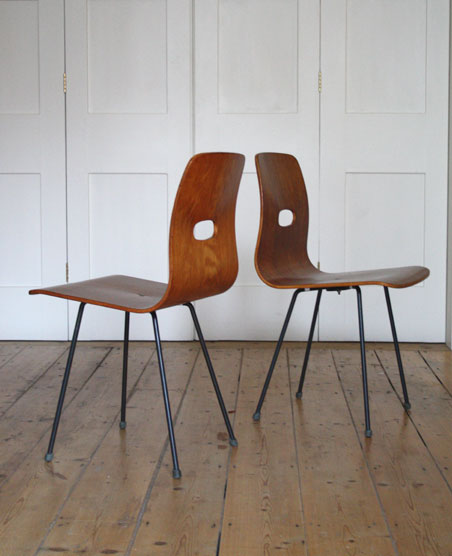 Robin Day Q-Rod dining chairs
