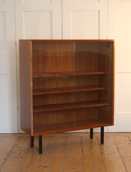 Interplan bookcase by Robin Day for Hille
