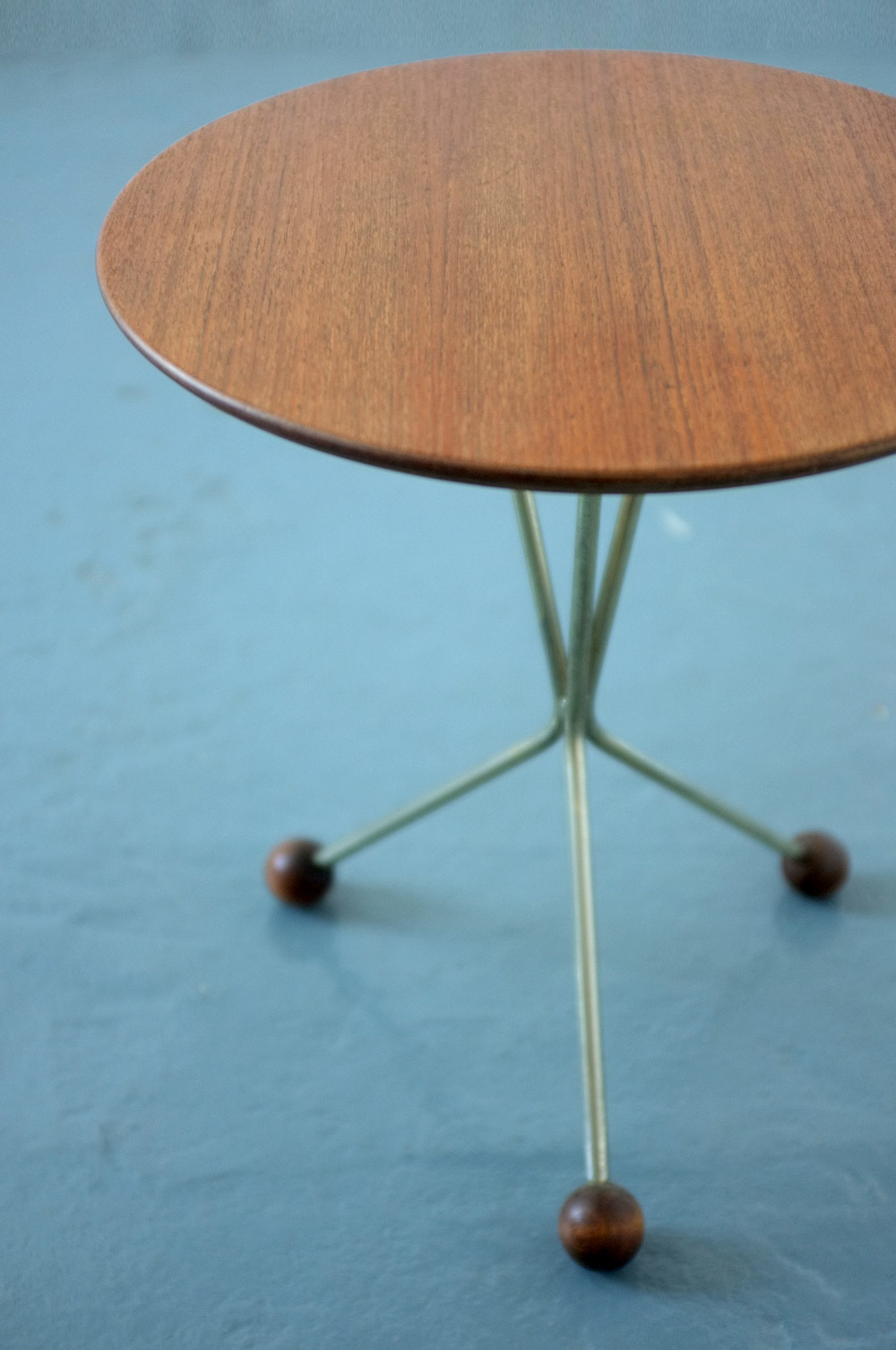 Albert Larsson 1950s tripod table