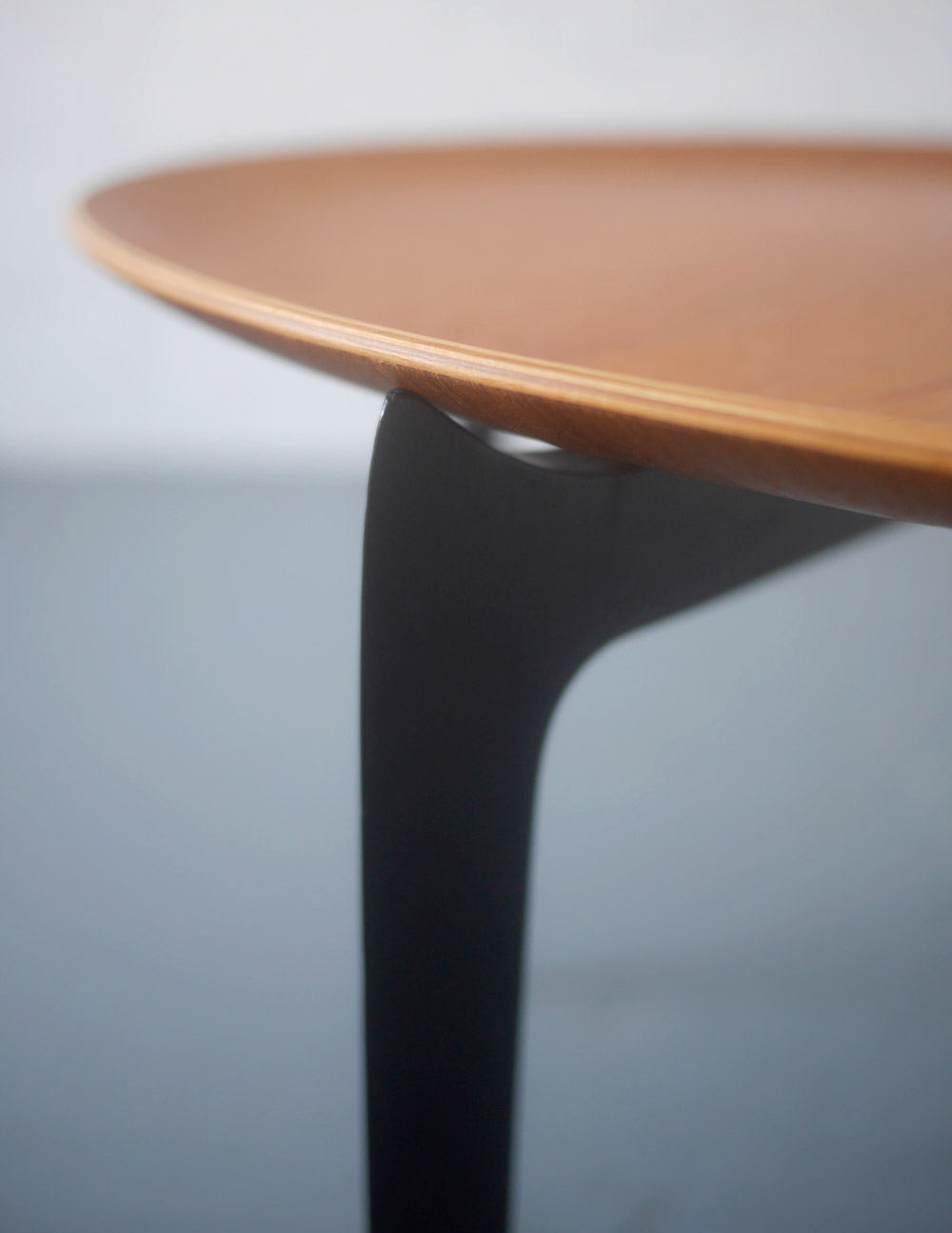 Fritz Hansen tray table by Svend Aag Willumsen and H Engholm