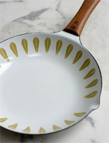 Lotus skillet by Cathrineholm, Norway